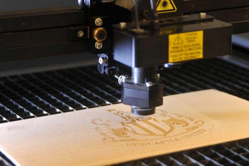 laser taglio legno