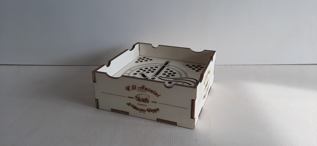 posacenere in legno personalizzato