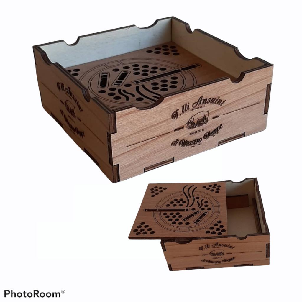 Posacenere in legno